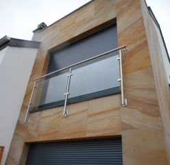 Flexible sandstone from YTTERSTONE® as facade cladding of a residential house